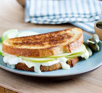 Baked Brie Grilled Cheese Sandwich Recipe